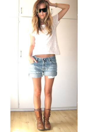 H&M t-shirt - shorts - Ray Ban sunglasses