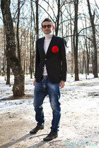 red handmade accessories - crimson Gucci boots - blue Dsquared2 jeans