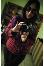 black H&M leggings - black Nasty Gal sunglasses - ruby red Forever 21 blouse