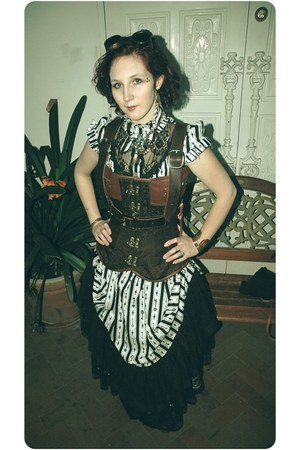 brown brown harness vest - black key dress lip service dress