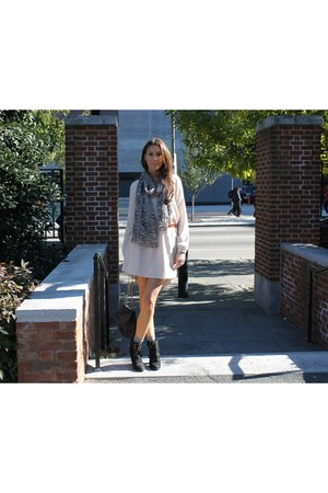 Gap scarf - seychelles boots - Zara dress - Malababa bag - Zara socks