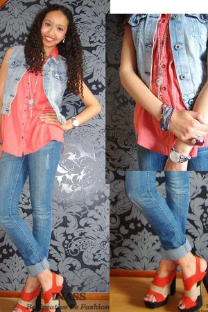 denim jacket REPLAY jacket - blue rags jeans - coral colour Vero Moda blouse