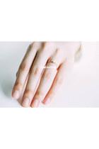 Infinitine Rings