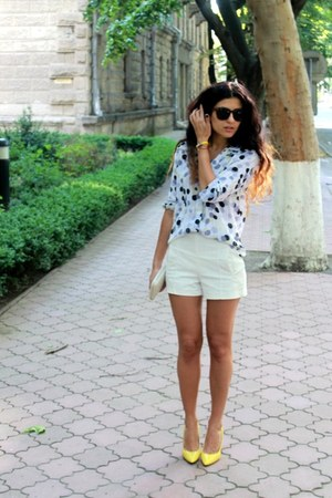 cream Mango bag - yellow Nine West shoes - cream Zara shorts