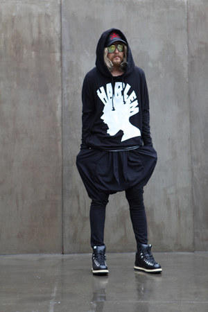 black BYTHER hoodie - black BYTHER pants