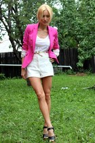 Zara blazer - H&M shorts - Only t-shirt - Storetescom wedges
