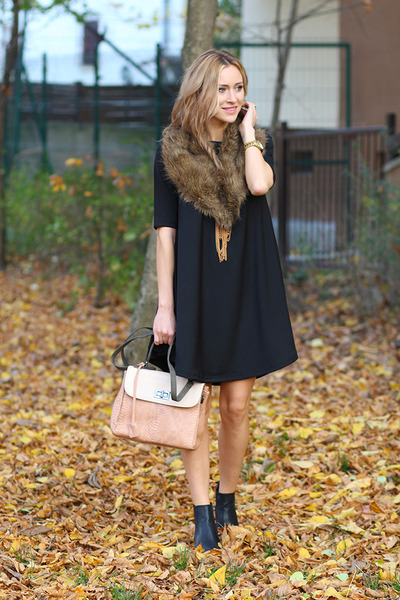 Mart of China boots - TheITem dress - MeliMelo bag
