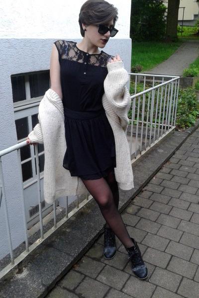 black boots - black sunglasses - lace t-shirt - black skirt - beige cardigan
