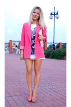 bubble gum oversized Debenhams blazer - white zebra print Mango t-shirt