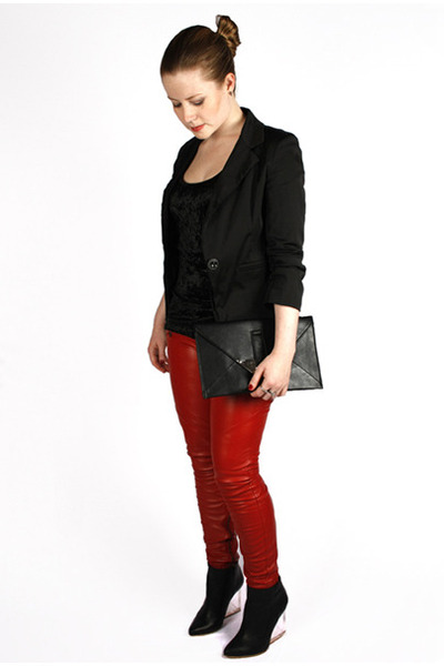 leather Amisu pants - black Yok blazer - metal Ebay bag
