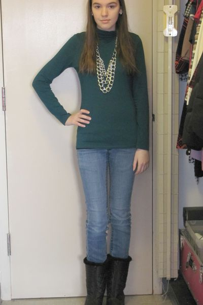 blue Target shirt - H&M necklace - blue Forever 21 jeans
