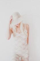 white Vintage Italian hat - white lace American Apparel bodysuit