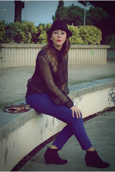 dark khaki Mango bag - black H&M hat - blue Mango pants - black Zara wedges