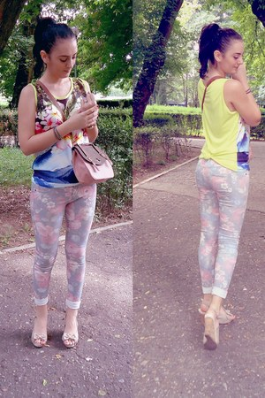 yellow H&M top - peach floral skinny Bershka jeans