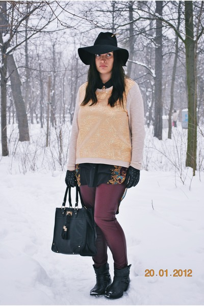 H&M hat - Deichmann boots - H&M sweater - Primark bag - spiked F&F gloves