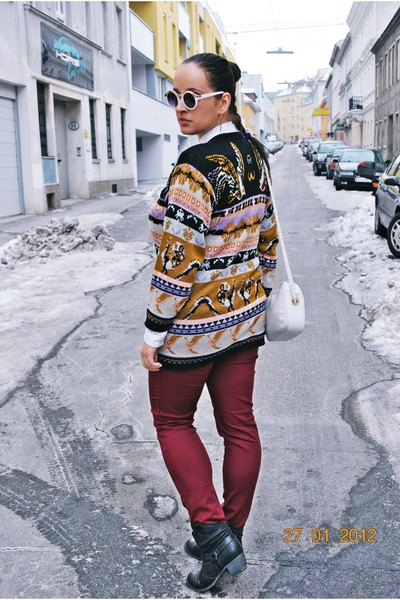 vintage sweater - Deichmann boots - Gate sunglasses - burgundy H&M pants