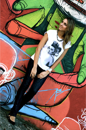 navy dark jeans Animale jeans - white ashley olsen Miss Melon Tee shirt