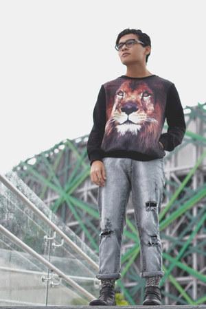 Zara boots - Zara jeans - tiger romwe sweater - River Island socks
