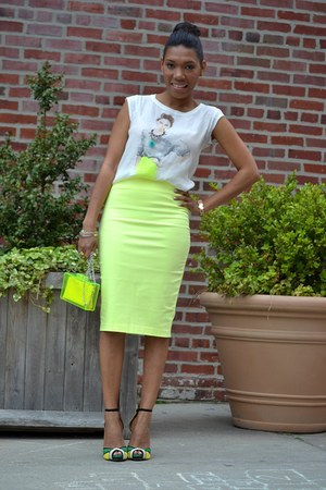 white muscle t Zara t-shirt - yellow pencil Zara skirt