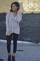 knitted unknown brand sweater - black lace-up Dolce Vita boots