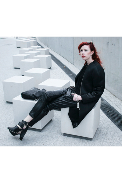 black filip roth coat - black Parfois bag - black Alexander Wang sandals