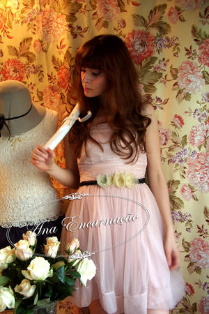 yellow flower self-made belt - pink ballerina H&M dress