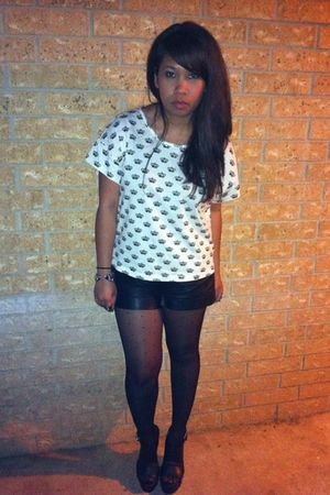 white Forever21 top - black Forever21 shorts - black Forever 21 shoes