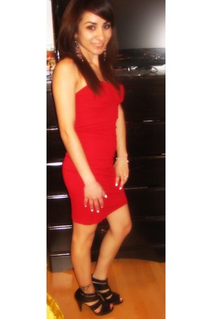 red bandage dress Forever 21 dress - gold Forever 21 earrings - booties Target h
