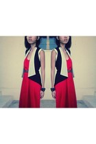 black vest - red maxi cotton on dress - tawny belt