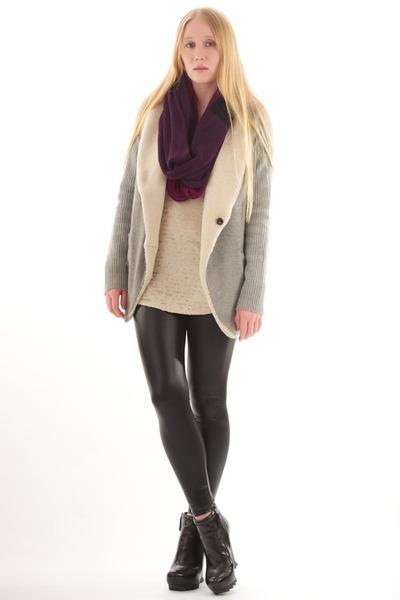heather gray thakoon cardigan - black Camilla Skovgaard boots
