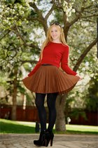 black alaia boots - ruby red Ami Dans La Rue sweater - black opaque full Express