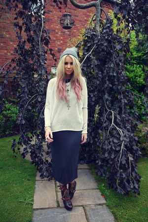 Miista boots - Urban Outfitters dress - Ebay hat - Topshop jumper