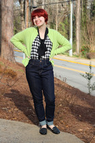 lime green crew neck cardigan - blue high-waisted Levis jeans - black Boohoo top