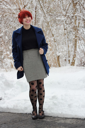 black polka dot Walmart tights - navy wool peacoat London Fog coat