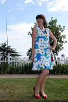 floral vintage dress - owl modcloth purse - patent leather Barneys COOP flats