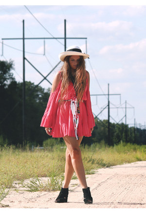 hot pink free people dress - beige vintage hat - black Jeffrey Campbell wedges
