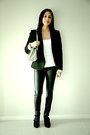 Andrea-biani-shoes-black-blazer-zara-blazer-metallic-giani-bernini-bag-top