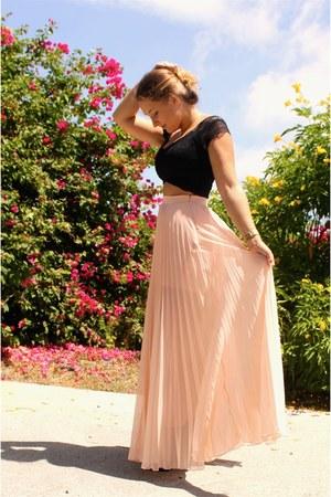 peach Bebe skirt - black Bebe top - black Zara heels