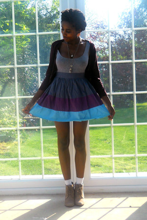 sky blue poplin Topshop dress - deep purple M&S cardigan - tan lace-up tesco wed