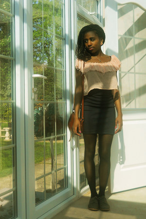 charcoal gray brogues M&S shoes - black polka dot American Apparel tights - dark