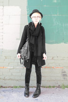 black vintage boots - black vintage hat - black velvet Forever 21 pants