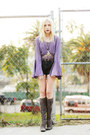 Charcoal-gray-snakeskin-vintage-boots-light-purple-vintage-shirt
