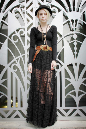 black American Apparel dress - black lace lulus skirt