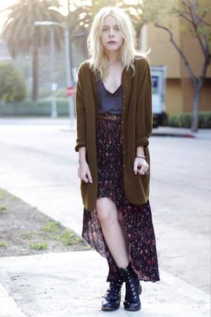 black floral vintage skirt - black vintage boots - olive green vintage sweater