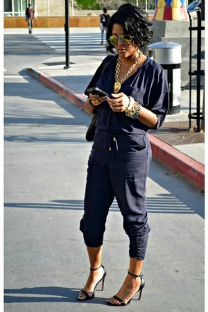 zeroUV sunglasses - black Zara sandals - navy H&M jumper