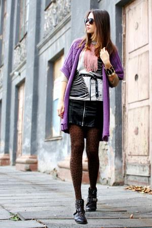 light purple knitted kimono cardigan - dark brown studded Miss Sixty boots