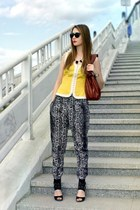 Zara pants - so french top