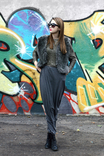 faux fur DIY vest - maxi reserved skirt - sequined Choies jumper