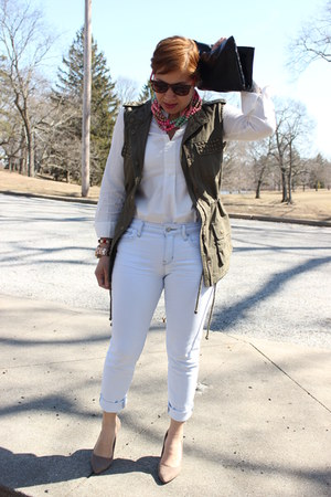 Forever 21 vest - Gap jeans - madewell shirt - Aldo pumps - Michael Kors watch