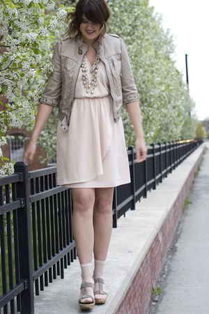 pink H&M dress - beige Zara jacket - beige Mia shoes - silver anne taylor loft a